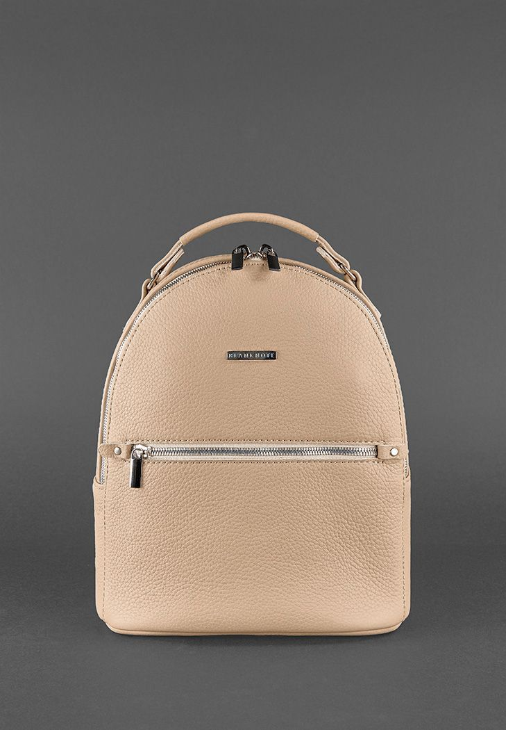 4f2b9b3c7544 Кожаный рюкзак BlankNote KYLIE Размеры: 29 х 23 х 10 см Материал:  натуральная кожа шлейки регулируются от 85см до 70см Представляем Вашему  вниманию новинку ...