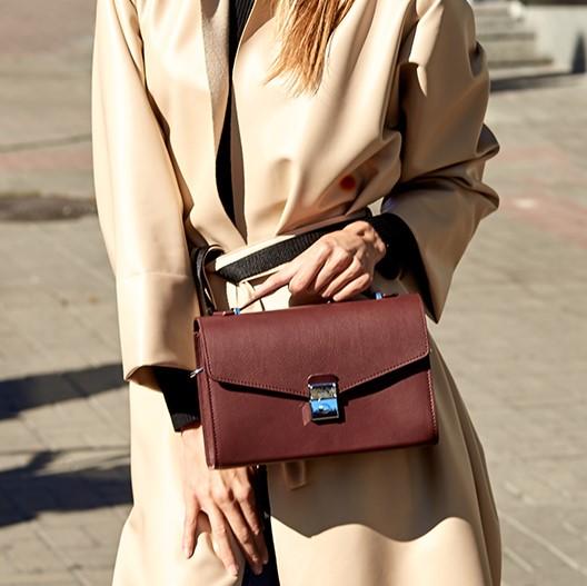 Женская кожаная сумка-кроссбоди Lola 14024 - фото 1