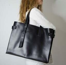 Кожаная женская сумка Grande Pelle